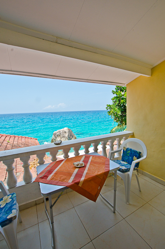 Seychelles_appartment_balcony_3